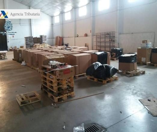 Incautados casi 6.000 kilos de picadura de tabaco en Badajoz